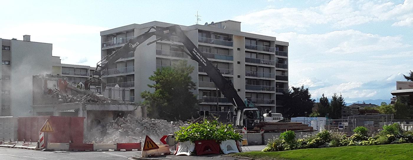 Tram Annemasse Geneve demolition coiffeur