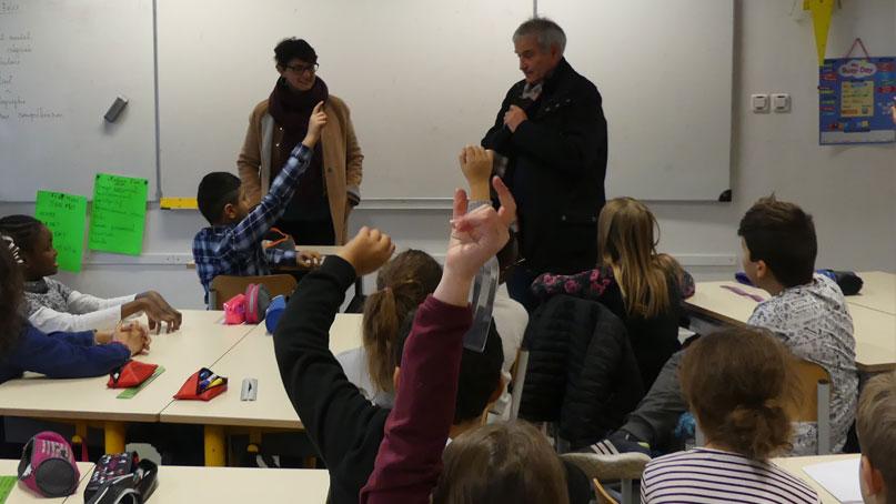 Tram Annemasse Genève travail avec écoles